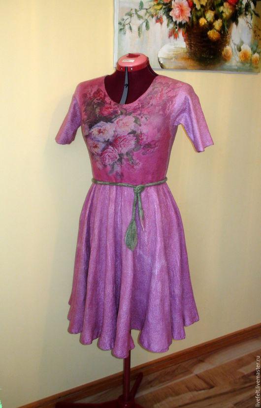 """Платья ручной работы. Ярмарка Мастеров - ручная работа. Купить Валяное платье """" Дымчатая роза """"  розовое солнцеклёш. Handmade."""