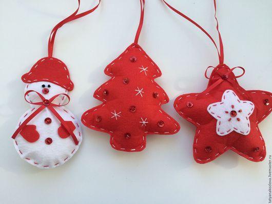 Персональные подарки ручной работы. Ярмарка Мастеров - ручная работа. Купить Новогодние игрушки  из фетра Красная коллекция. Handmade.
