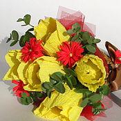 Цветы и флористика ручной работы. Ярмарка Мастеров - ручная работа Букет из тюльпанов в кулечке. Handmade.