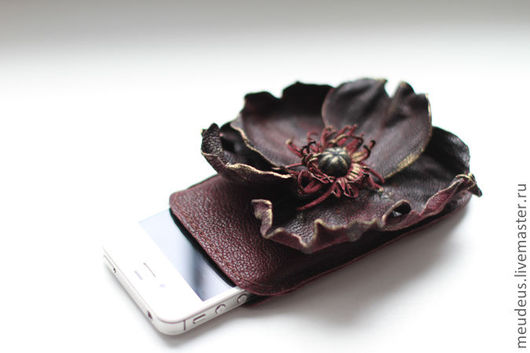 Для телефонов ручной работы. Ярмарка Мастеров - ручная работа. Купить Чехол с цветком для Iphone 4S, 4 арт. 155. Handmade.