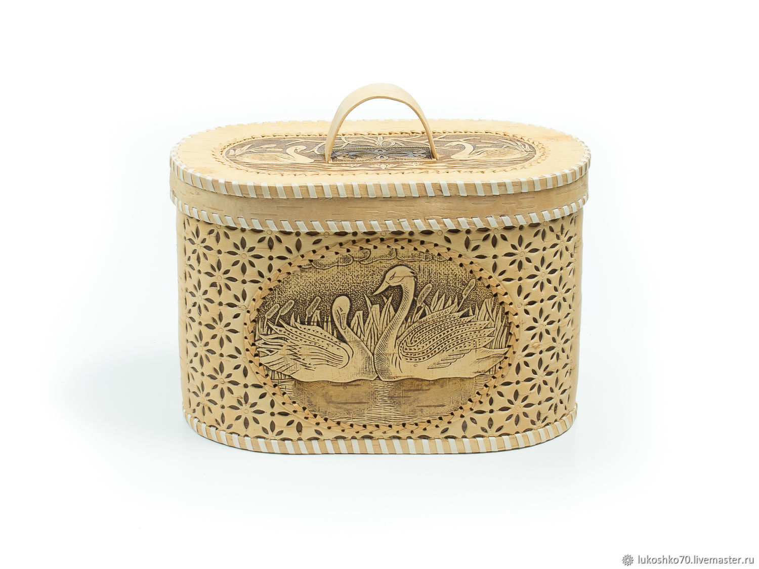 Bread box made of birch bark carved ' Swans'. Box for storage, The bins, Tomsk,  Фото №1