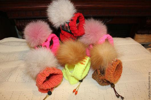 Одежда для собак, ручной работы. Ярмарка Мастеров - ручная работа. Купить Шапочка с меховым помпоном. Handmade. Ручная работа, шерсть