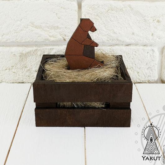Броши ручной работы. Ярмарка Мастеров - ручная работа. Купить Деревянный значок Бурый миша оригами / деревянная брошь Медведь. Handmade.