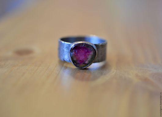 """Кольца ручной работы. Ярмарка Мастеров - ручная работа. Купить """"Lowe"""", турмалин, серебро.. Handmade. Розовый, кольцо турмалин, серебро"""