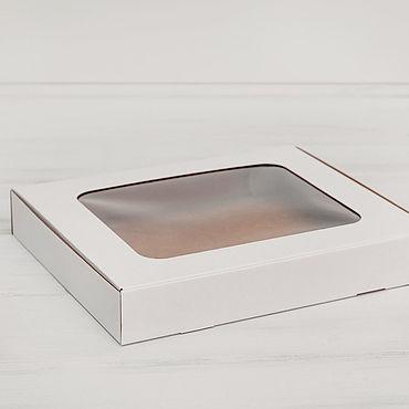 Материалы для творчества ручной работы. Ярмарка Мастеров - ручная работа Коробка плоская с окошком, 30х25х4,5 см, белая. Handmade.
