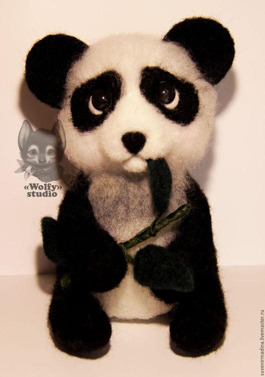 Игрушки животные, ручной работы. Ярмарка Мастеров - ручная работа. Купить Маленькая панда. Handmade. Чёрно-белый, панда, фелтинг