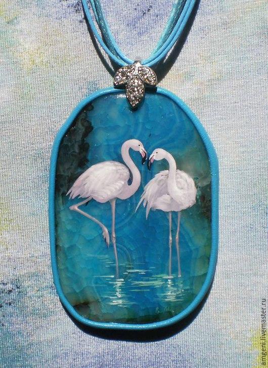 """Кулоны, подвески ручной работы. Ярмарка Мастеров - ручная работа. Купить Кулон """"Фламинго"""". Handmade. Бирюзовый, фламинго, лаковая миниатюра"""