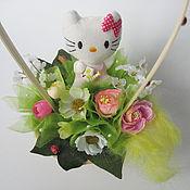 Подарки к праздникам ручной работы. Ярмарка Мастеров - ручная работа Детская композиция Китти-садовница. Handmade.