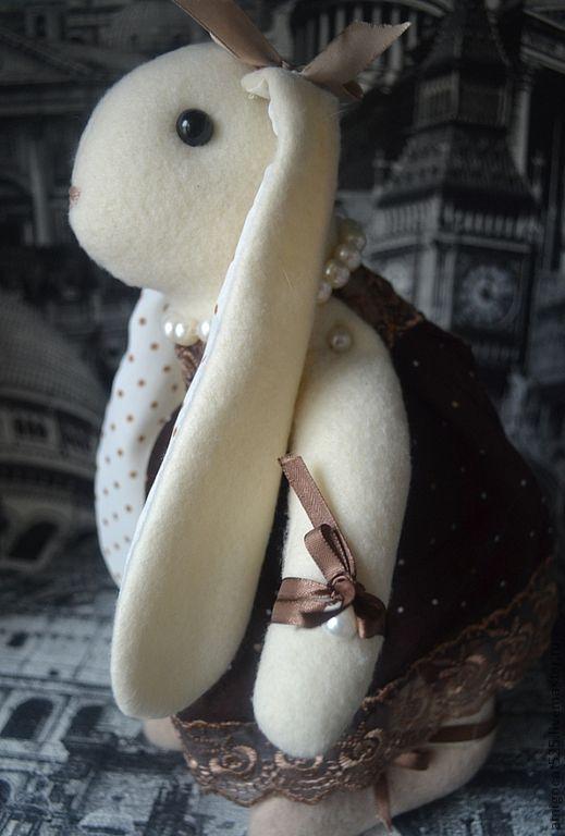 """Куклы Тильды ручной работы. Ярмарка Мастеров - ручная работа. Купить Зайка """"Жульет"""". Handmade. Коричневый, Париж, жемчужины"""