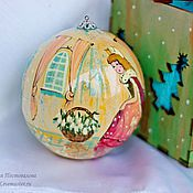 Подарки к праздникам handmade. Livemaster - original item Christmas ball-a stash of wood with unique painted 10 cm