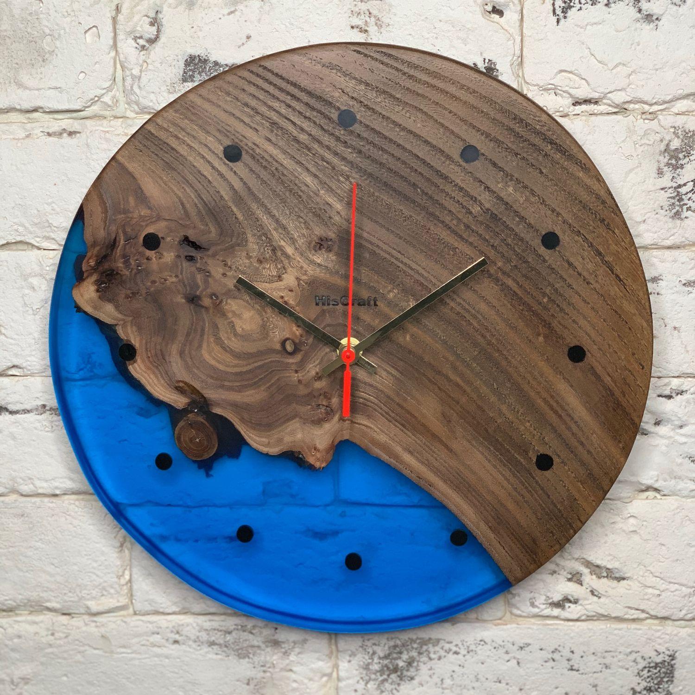 Настенные часы из массива карагача и эпоксидной смолы для интерьера, Часы классические, Санкт-Петербург,  Фото №1
