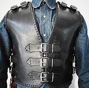 Одежда ручной работы. Ярмарка Мастеров - ручная работа Байкерский кожаный жилет. Handmade.