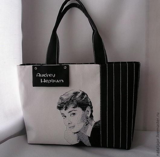 """Женские сумки ручной работы. Ярмарка Мастеров - ручная работа. Купить сумка """"Одри Хёпберн"""". Handmade. Черно-белое, джинса"""