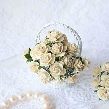 Цветы и флористика ручной работы. Ярмарка Мастеров - ручная работа Бумажные розы 1,5 см Молочные Цветы для скрапбукинга. Handmade.