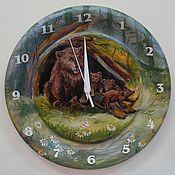Для дома и интерьера handmade. Livemaster - original item Watch from Siberian cedar Bear family. Handmade.