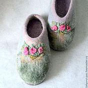 """Обувь ручной работы. Ярмарка Мастеров - ручная работа тапочки валяные """"три розы"""". Handmade."""