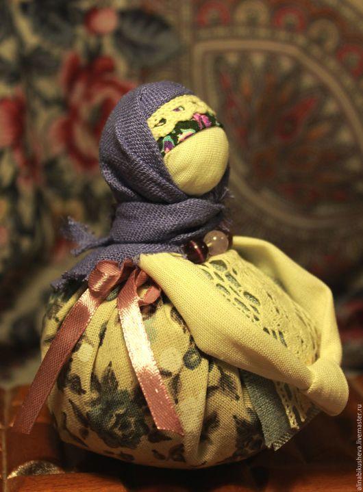 """Народные куклы ручной работы. Ярмарка Мастеров - ручная работа. Купить Кукла-оберег """"Благополучница"""". Handmade. Фиолетовый, русская кукла"""