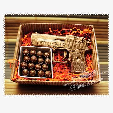 """Косметика ручной работы. Ярмарка Мастеров - ручная работа Набор мыла""""Пистолет и патроны"""" в подарочной коробочке. Handmade."""