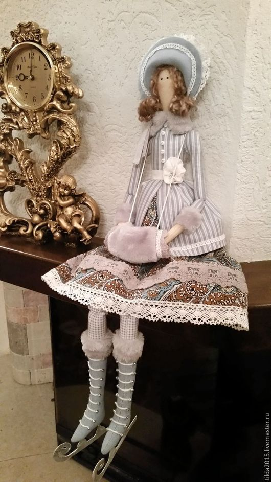 Куклы Тильды ручной работы. Ярмарка Мастеров - ручная работа. Купить Зимняя барышня на коньках. Handmade. Комбинированный, подарок девушке