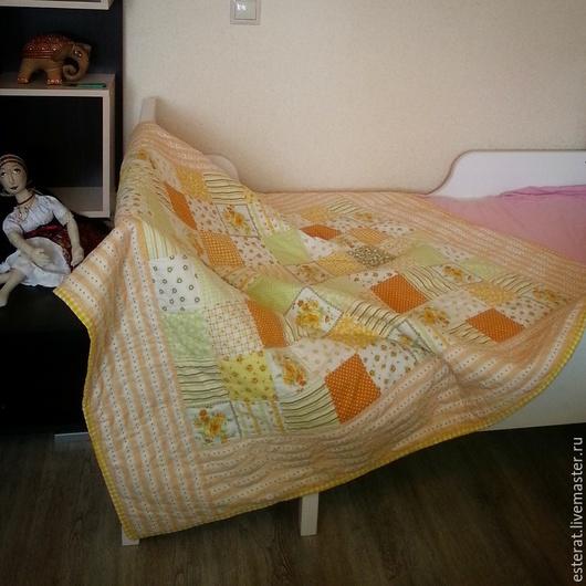 """Пледы и одеяла ручной работы. Ярмарка Мастеров - ручная работа. Купить одеяло """"Нежное цветение"""". Handmade. Одеяло пэчворк, покрывало"""