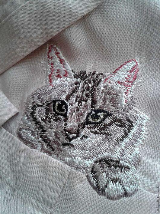 """Блузки ручной работы. Ярмарка Мастеров - ручная работа. Купить Программа машинной вышивки """"Кот"""". Handmade. Кремовый, кот в кармане"""