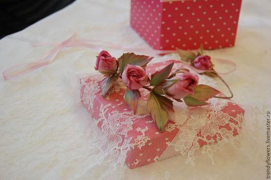 Венок из роз Нежность. Цветы из шелка