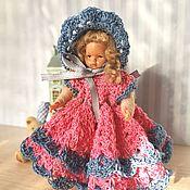 Одежда для кукол ручной работы. Ярмарка Мастеров - ручная работа Комплект из платья и шляпки для кукол вязаный крючком. Handmade.