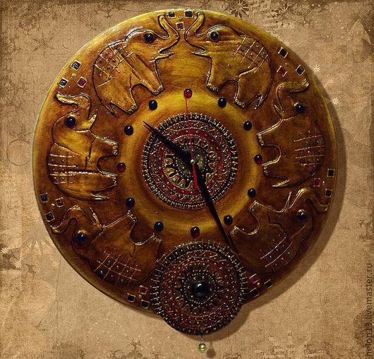 """Часы для дома ручной работы. Ярмарка Мастеров - ручная работа. Купить Часы """"Старая Индия"""" № 2 (хоботы вверх)). Handmade."""