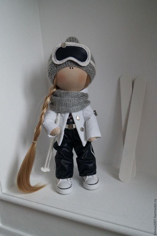 Куклы тыквоголовки ручной работы. Ярмарка Мастеров - ручная работа. Купить Интерьерная кукла - Лыжница. Handmade. Чёрно-белый, пряжа