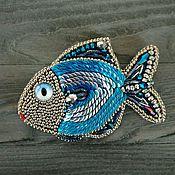 Брошь рыбка серебристо-синяя