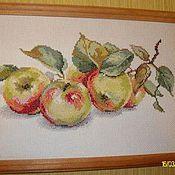 """Картины и панно ручной работы. Ярмарка Мастеров - ручная работа Вышивка крестиком""""Яблоки"""". Handmade."""