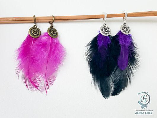 """Серьги ручной работы. Ярмарка Мастеров - ручная работа. Купить """"Черно-фиолетовые"""" серьги с пёрышками. Handmade. Черный, подарок женщине"""
