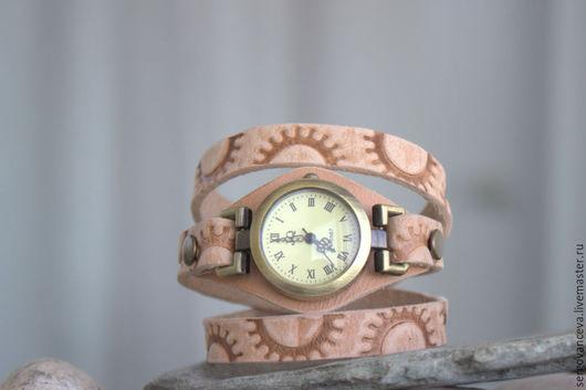 """Часы ручной работы. Ярмарка Мастеров - ручная работа. Купить Часы наручные """"Сахара"""". Handmade. Бежевый, часы наручные"""