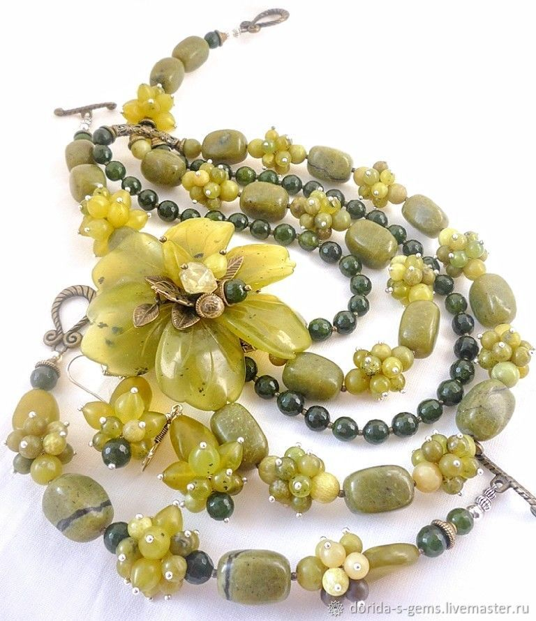 necklace, designer necklace, necklace for every day necklace out, the necklace of jade necklace jade necklace jade necklace jade necklace for gift, necklace with flower, beads made of Jasper, jade bea