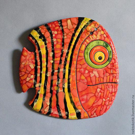 Животные ручной работы. Ярмарка Мастеров - ручная работа. Купить Керамическое панно «Рыба». Handmade. Керамика, оранжевый, рыбка, глазурь