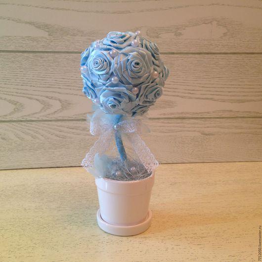 мини топиарий голубое облако милый нежный подарок для малыша подарок для мамы молодой маме для интерьера для фотосессии нежно-голубой бледно-голубой маленькое дерево из лент