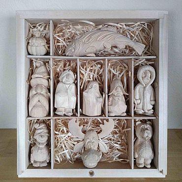 Подарочный набор резных фигурок из дерева. Набор елочных игрушек