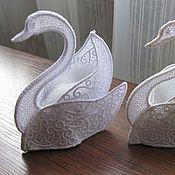 Свадебный салон ручной работы. Ярмарка Мастеров - ручная работа Лебеди под обручальные кольца. Handmade.