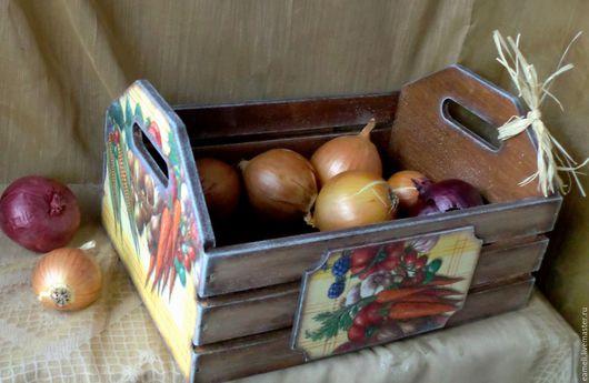 """Кухня ручной работы. Ярмарка Мастеров - ручная работа. Купить Ящик для овощей """"Сбор урожая"""". Handmade. Коричневый, лук, деревня"""