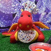 Куклы и игрушки ручной работы. Ярмарка Мастеров - ручная работа Текстильный дракон шеф повар. Handmade.