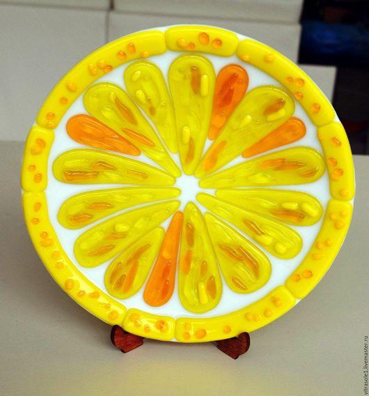 """Тарелки ручной работы. Ярмарка Мастеров - ручная работа. Купить Тарелка """"Лимон"""". Handmade. Желтый, тарелка в подарок, блюдо для фруктов"""