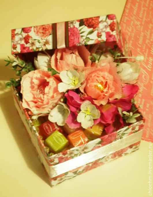 """Персональные подарки ручной работы. Ярмарка Мастеров - ручная работа. Купить композиция из конфет в коробочке """"Розы"""". Handmade. Комбинированный"""