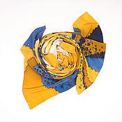"""Шарфы ручной работы. Ярмарка Мастеров - ручная работа Горчично-жёлтый шёлковый шарф """"Цветы на пляже"""" батик. Handmade."""