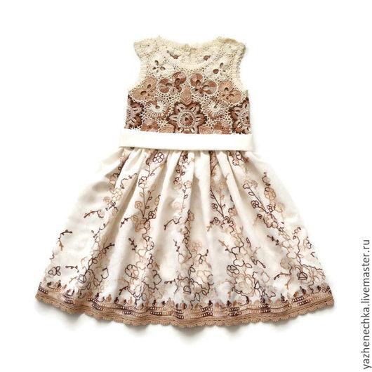 Платье для девочки, ирландское кружево, вид с пояском
