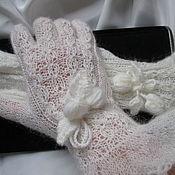 Аксессуары handmade. Livemaster - original item Gloves women`s white Lady. Handmade.