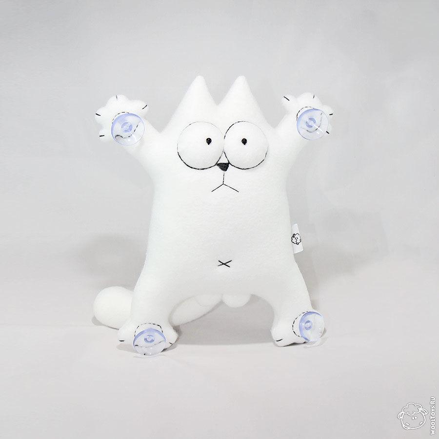 Белый кот саймон
