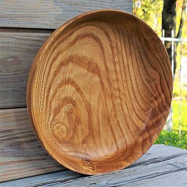 Посуда ручной работы. Ярмарка Мастеров - ручная работа Большая деревянная тарелка. Handmade.