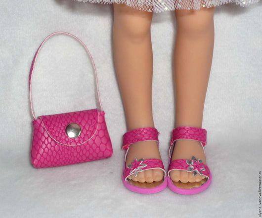 Одежда для кукол ручной работы. Ярмарка Мастеров - ручная работа. Купить Комплект для Paola Reina - сандалии и сумочка. Handmade. Фуксия