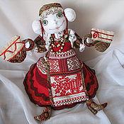 Куклы и игрушки ручной работы. Ярмарка Мастеров - ручная работа Хранительница тепла-Варвара. Handmade.