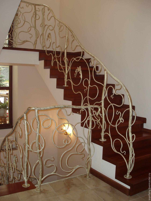 Кованые изделия лестницы